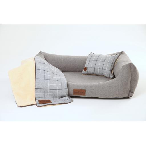 fabric_lounger_with_blanket_and_pillow_1024x1024@2x.jpg